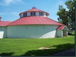 Round cattle barn built 1906 #Lancaster #Ohio #LancasterOhio http://www.myqualitytime.net/2009/06/daily-walk-in-lancasterohio.html