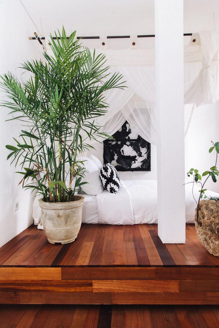 fella villas offers travelers an exotic tropical retreat in bali - Bali Bedroom Design