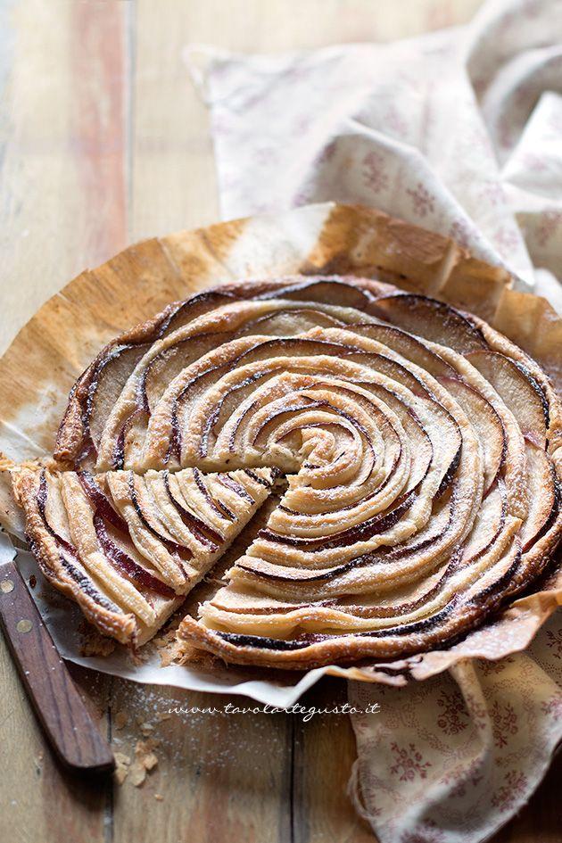 Torta di mele e pasta sfoglia - Ricetta Torta di mele e pasta sfoglia velocissima