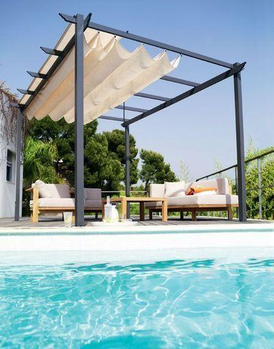 Pergola by Tonnelle Castorama.   21 decoration ideas for a beautiful terrace - cotemaison.fr