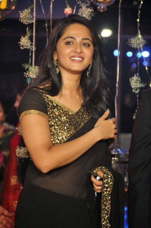 Anushka shetty hot photos At a Wedding reception