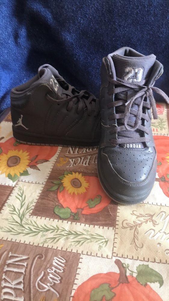 on sale 712b0 5021d Youth boys grey Jordans size 2Y #fashion #clothing #shoes ...