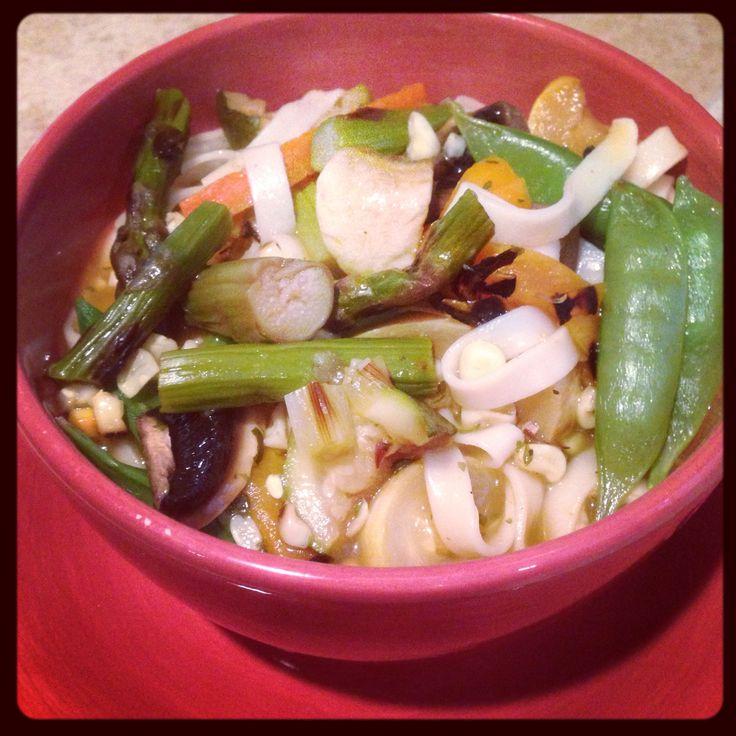 Remember the veggies I grilled yesterday. Well here is my Dinner Veggy Soup you can add the barbecue Beef if you eat meat. -----------------------------  Recuerdas las verduras que puse en el asador ayer. Bueno aquí esta mi cena una sopa de Verduras y si te gusta comer carne añade la carne asada. Con un poco de limón y Salsa Guacamaya y listo.  Naturalgren LLC Janette Reyes-Heath PhD Holistic Nutrition Coach
