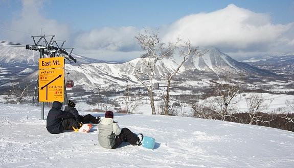 Maybe this December? - Rusutsu Resort (ルスツ) in HokkaidoSki Resorts, Cant Wait, Favorite Places, Rusutsu Ski, I Cant, White Christmas, Rusutsu Resorts, Resorts ルスツ