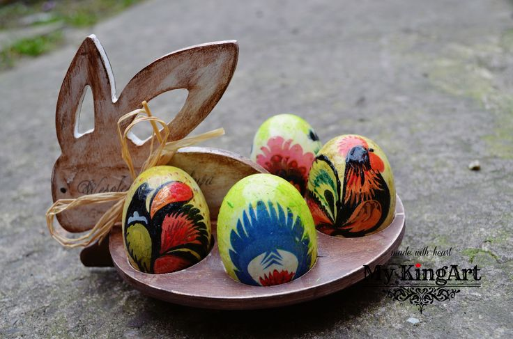 wooden folk  easter decor