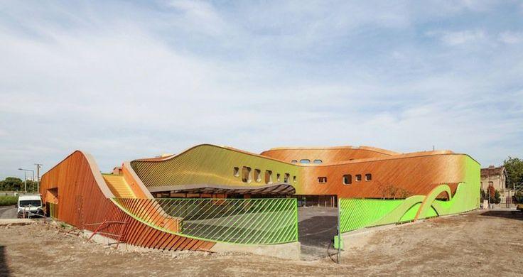 Il complesso scolastico progettato dall'architetto francese Paul Le Quernec a Saint Denis considera l'impatto del design sullo sviluppo del bambino