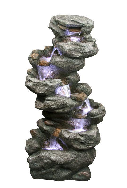 Vodní kaskáda imitující přírodní neopracovaný kámen. Dokonale se hodí jako doplněk jezírka nebo skalky. Voda vytéká z otvoru v kameni na vrcholku fontány a kaskádově stéká přes sedm žlabů. Z posledního žlabu je vodní pumpou přečerpávána zpět. V každém žlabu je umístěna LED dioda, která efektivně zvýrazní proud vody.