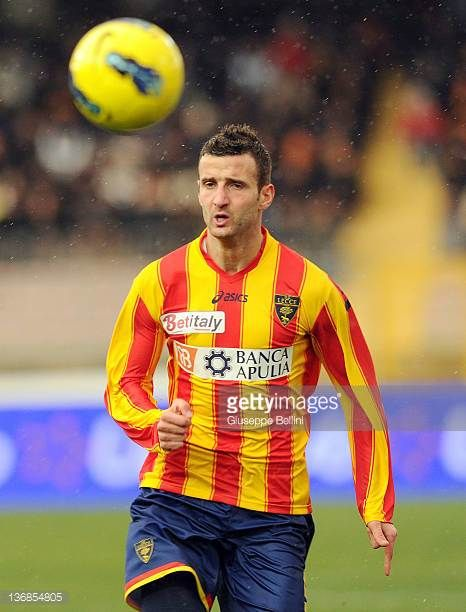 Andrea Esposto of Lecce in action during the Serie A match between US Lecce and Juventus FC at Stadio Via del Mare on January 8 2012 in Lecce Italy