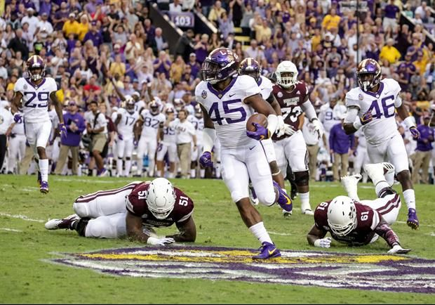 Lsu 7 1 4 1 Sec Moved Up One Spot To No 4 In The Ap Top 25 And The Link Http Www Espn Com College Foo Lsu Lsu Tigers Football College Football Rankings
