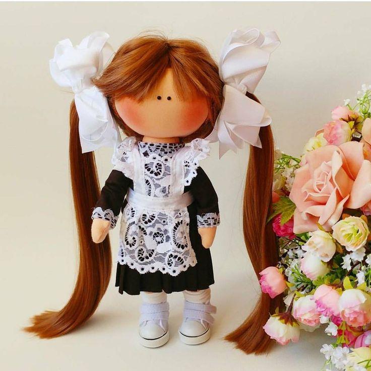 "1,354 Me gusta, 1 comentarios - КОРОЛЕВСТВО КУКОЛ №1 (@shopkukla) en Instagram: ""КУПИТЕ Подарочная кукла на ""Алые Паруса""⛵ ____________________________ Рост 29 см Длина волос 40…"""