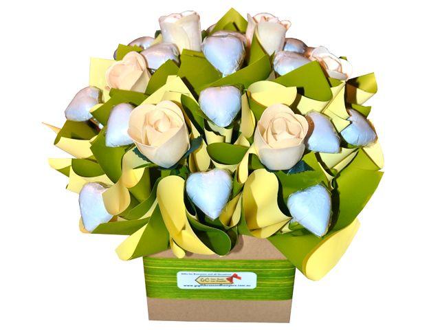 Creamy Roses Chocolate Bouquet