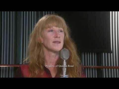 """Loreena McKennitt - The Seven Rejoices of Mary (HQ)   From """"A Midwinter Night's Dream"""" - the new seasonal music collection from Canadian Celtic music performer Loreena McKennitt.     Hear more at: http://quinlanroad.com/explorethemusic/mid-winter-nights-dream.asp"""