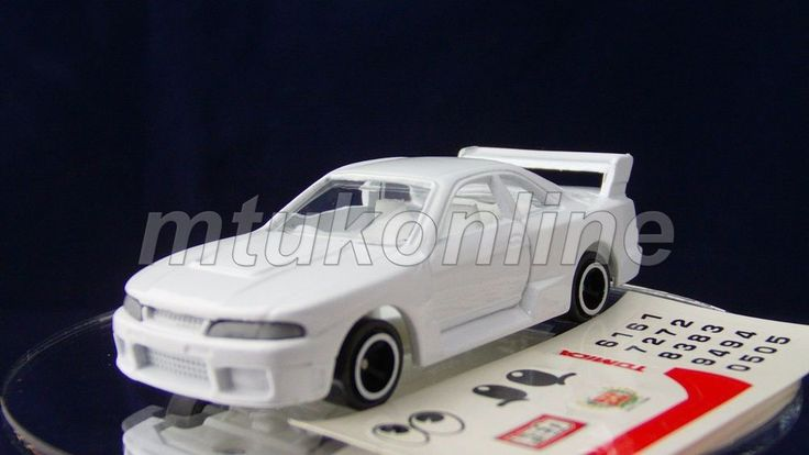 TOMICA 20 NISSAN SKYLINE GT-R R33 | 1/60 | 30TH ANNIVERSARY 2000 EVENT EDITION