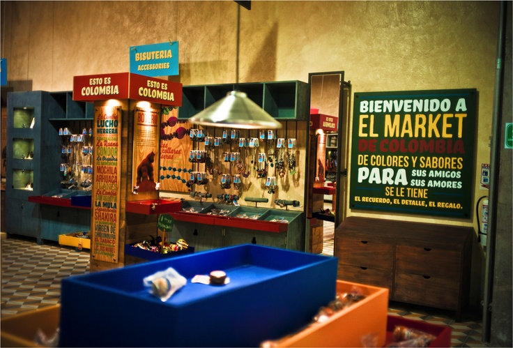EL MARKET / Diseño de punto de venta. El concepto: siempre es mejor jugar de local.  www.aluzian.com