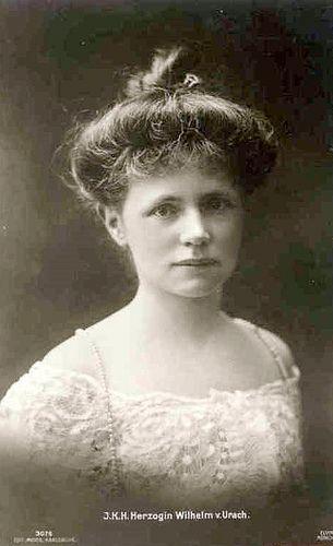 Princesse Amélie de Bavière (1865-1912) fille du duc Charles-Théodore, mariée le 4 juillet 1892 à Guillaume d'Urach, duc de Wurtemberg (1864-1928)