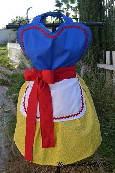 Snow White Full Apron $38