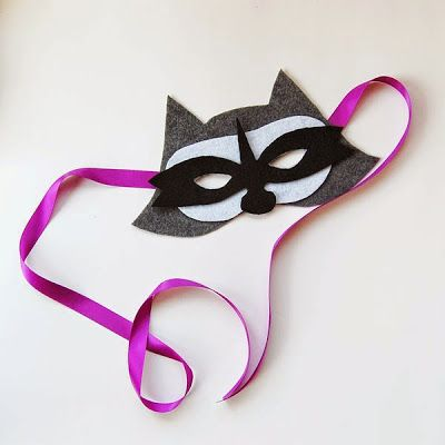 The Craftinomicon: Make Your Own Felt Raccoon Mask