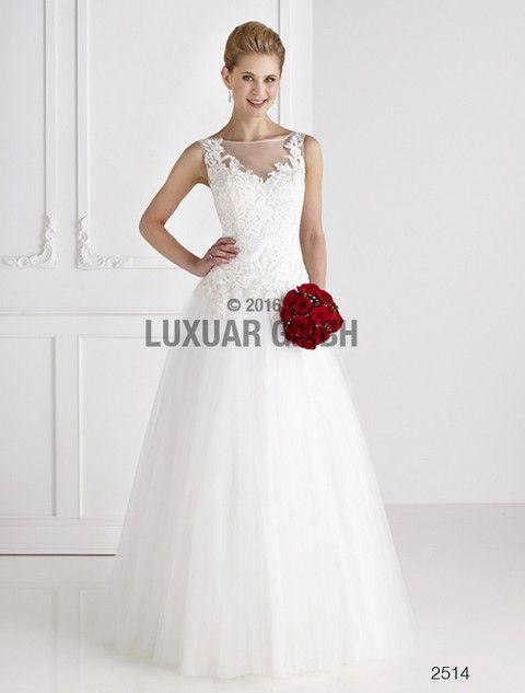svadobné šaty pre moletku svadobný salon valery, romantické svadobné šaty, biele svadobné šaty, krajkové svadobné šaty