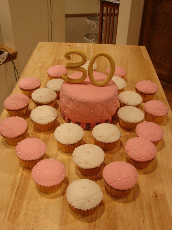 124 best images about Women Birthday Cakes on Pinterest ...