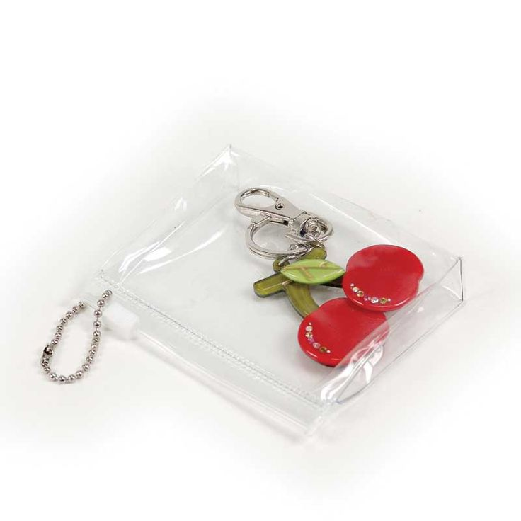 Transparent soft PU bag w/ ball chain <br />(Products pictured in display are not included.)