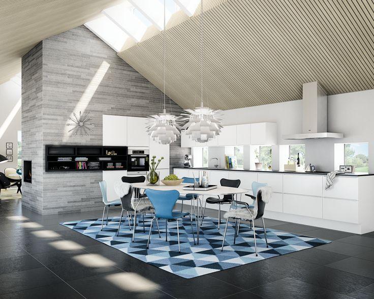 Kjøkken i høyglans hvit med moderne uttryk