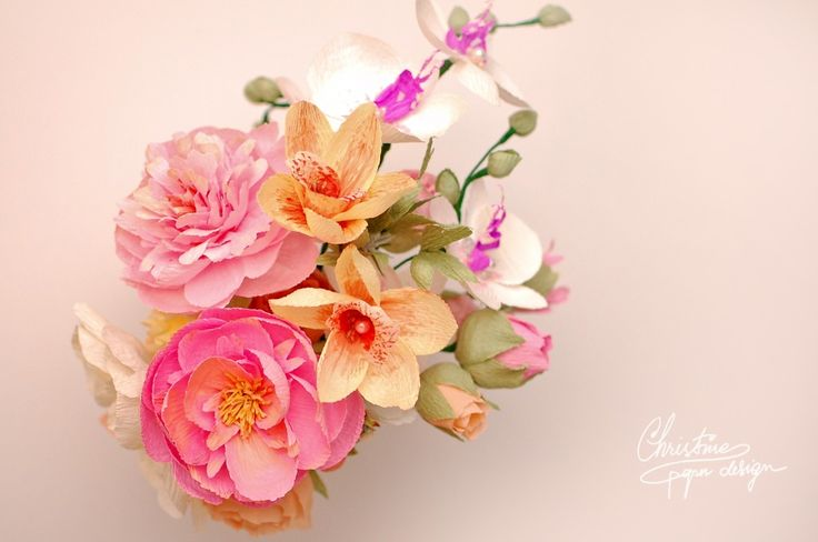 page after page of beautiful bouquets, centerpieces, and every other paper flower idea possible!