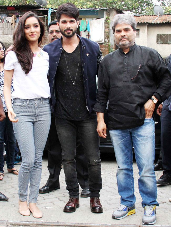 Shahid, Shraddha display sizzling chemistry during Haider promotions