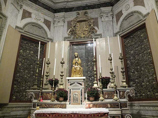 Koponya katedrális, Itranto, Olaszország