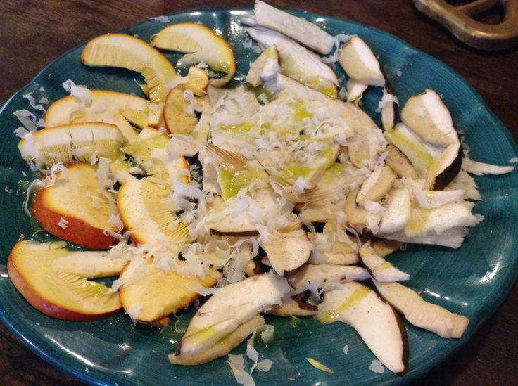 """fresh mushrooms with """"parmigiano"""" , salt, pepper and olive oil  !"""