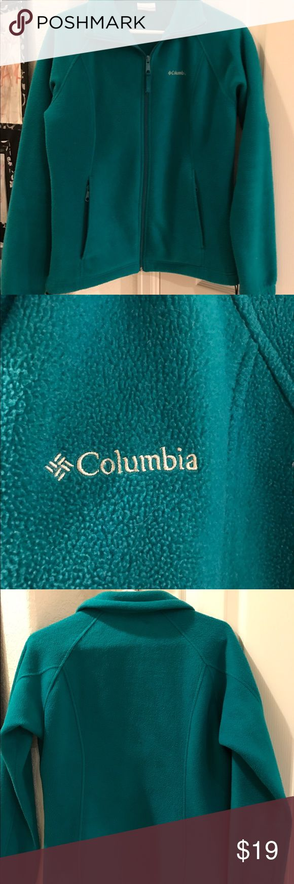 Teal Columbia Coat Fleece, very warm and soft! Great condition! Columbia Jackets & Coats