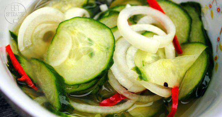 zure komkommer