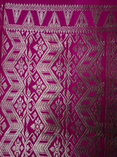 Songket bali full silver thread klungkung.