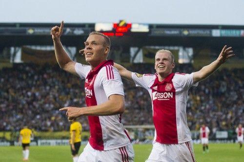 Ajax heeft een matige generale gehad op de Champions League-wedstrijd van aankomende dinsdag tegen APOEL Nicosia. Het 'avondje NAC' werd weliswaar gewonnen, maar vlekkeloos ging het niet. Een slordig Ajax won door onder andere een hattrick van Sigthorsson met 2-5 van NAC Breda.