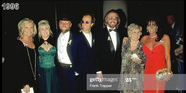 50jaar Getrouwd In 2020 Bee Gees Barry Gibb Gees