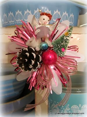 Golden Egg Vintage: Run, Don't Walk! A Vintage Christmas Project, used to love wearing the Christmas corsage Z