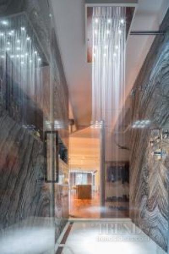 Industrial warehouse interior becomes a fun New York loft