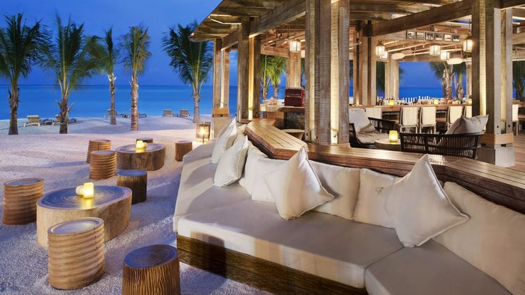St. Regis Mauritius, The Boathouse Bar & Grill