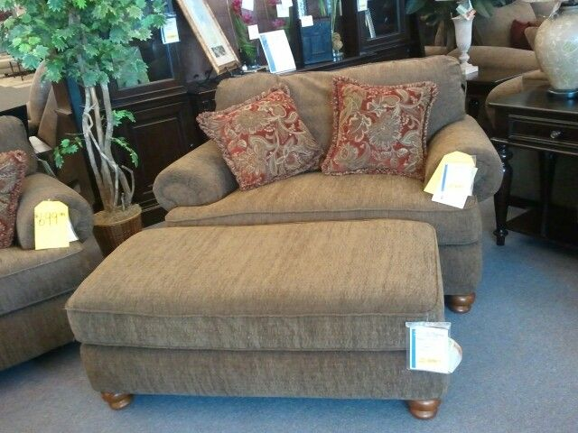 Close Up Of Belmont By Jackson Oversized Chair/Ottoman Combo