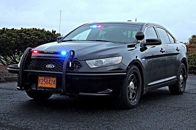 Police Cars Lights On Instagram Unmarked Taurus Police Interceptor With Wraparounds Policecarslights Pol Police Cars Police Car Lights Ford Police