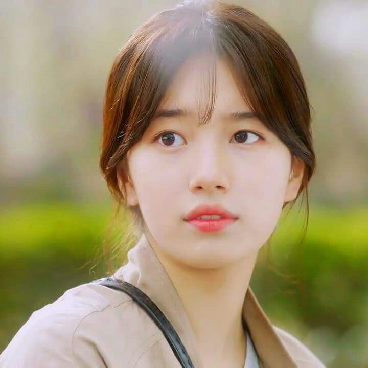 Suzy Uncontrollably Fond