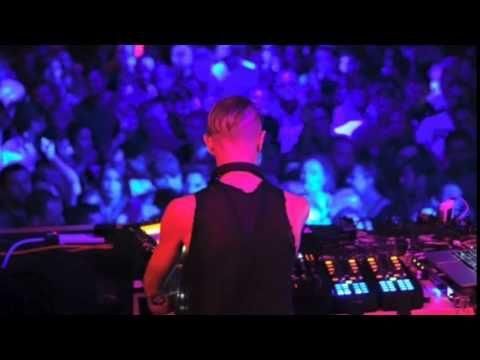 Minimal Techno Mix: Richie Hawtin @ Primavera Sound 2015