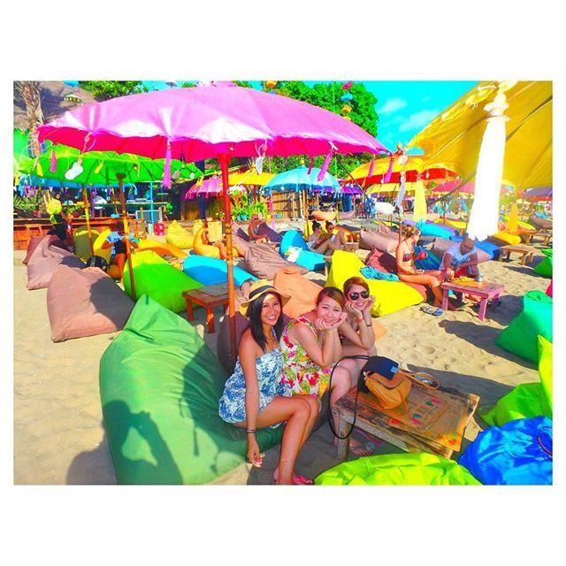 【aichon0101】さんのInstagramをピンしています。 《doublesix beach🌴👙⛱ . teman saya datan❤️❤️❤️❤️ .  まきとりながバリにきたよ🙋💕 .  #doublesix #66beach #suminyak #beach #pantai #bagus #kuta #teman #cinta #suka #cewek #baik #temanku #friends #girl #colorful #nice #Indonesia #bali #バリ #バリ島 #インドネシア #留学 #国際留学 #海 #海外 #仲良し #大好き》