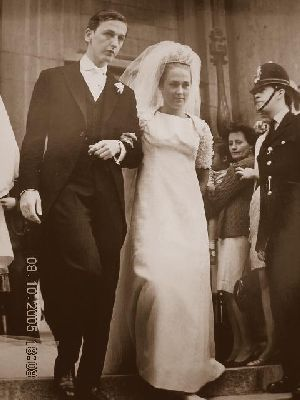 Deborah Mitfords's son, Peregrine Cavendish, Marquess of Hartington and Amanda Heywood-Lonsdale. Married on 28 June 1967.