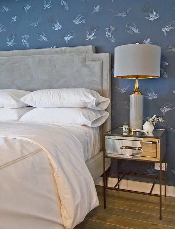 Best Gray Border Hotel Bedding Dresses A Light Gray Velvet Bed 400 x 300