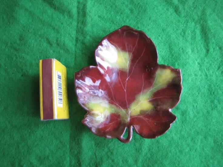 Vintage Sweden Eva plate maple leaf petal Scandinavian decore handmade