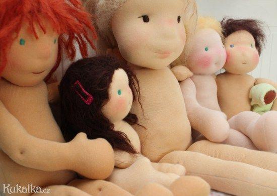 Schnittmuster Puppe selbst erstellen tipps Proportionen Waldorf
