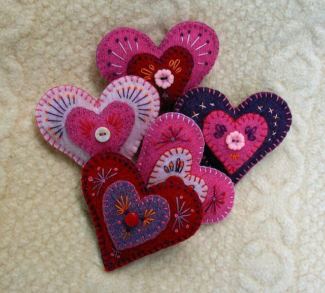 felt heart brooches