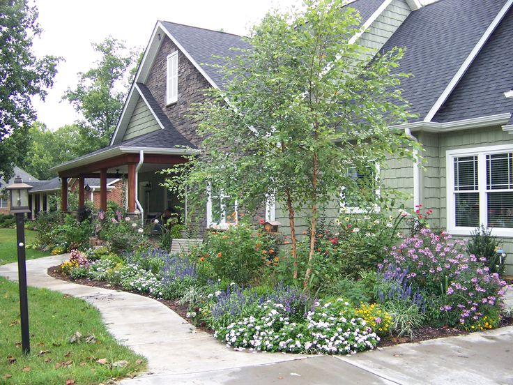 35 best images about craftsman style landscaping on for Craftsman landscape design ideas