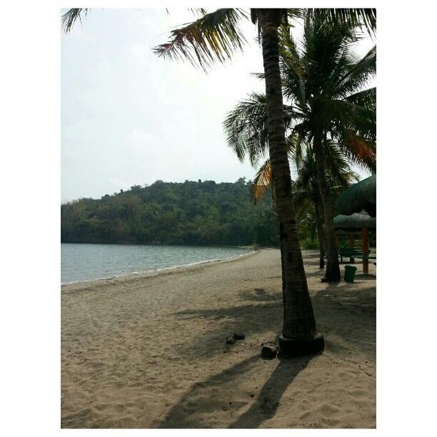 ここ近いし良い!  #ビーチ I like here!! #beach #swimming#hot#summer#philippines#海水浴#フィリピン