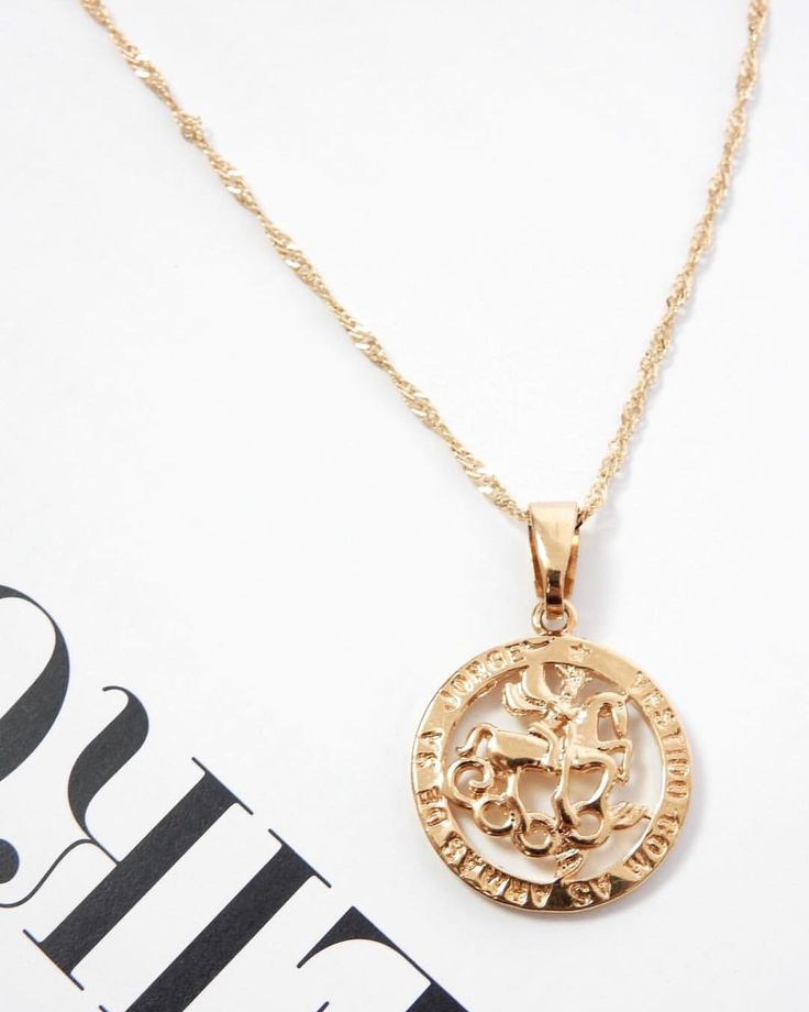✬ Dripping gold ✬ Shop the GOLD CHAIN CIRCLE PENDANT + our fav gold accessories here ➝ haliteclothing.com #HALITE